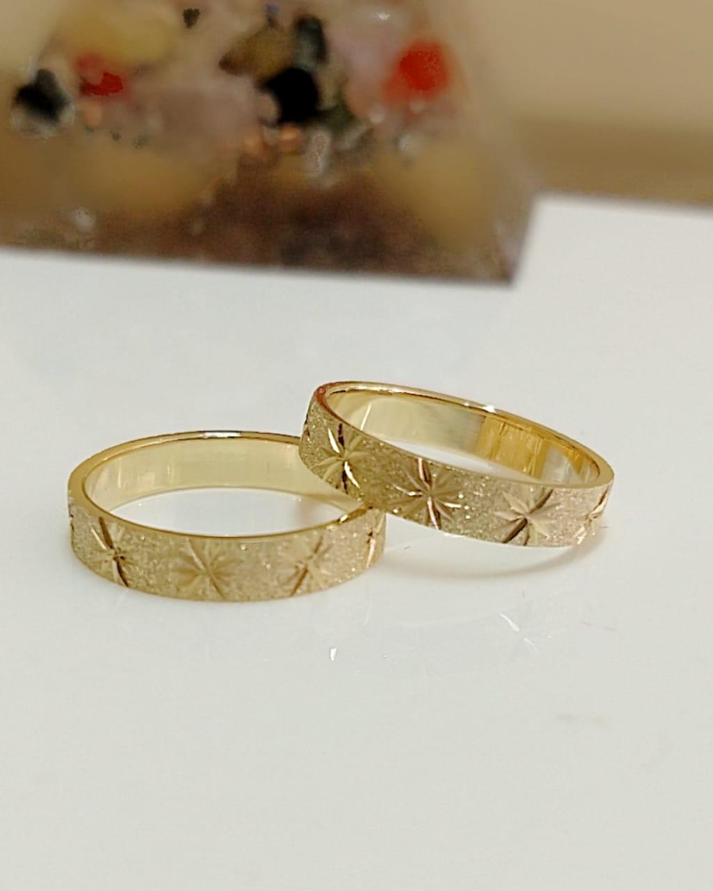 Aliança de casamento em ouro 18K 750 Luz