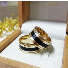 Aliança em ouro e madeira Amor Eterno