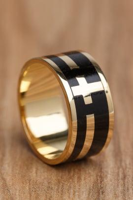 Anel ou Aliança em ouro e madeira Santa Fé