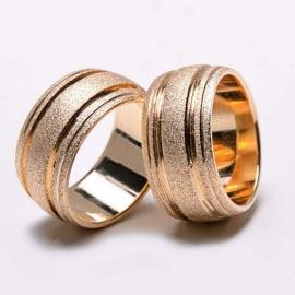 Aliança de casamento em ouro 18K 750  Celebra