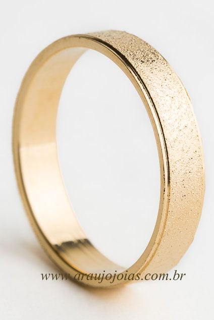 Aliança de casamento em ouro 18K 750 Fogo e Paixão.